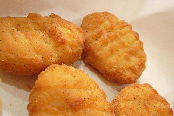 A8. Chicken Nuggets (8)