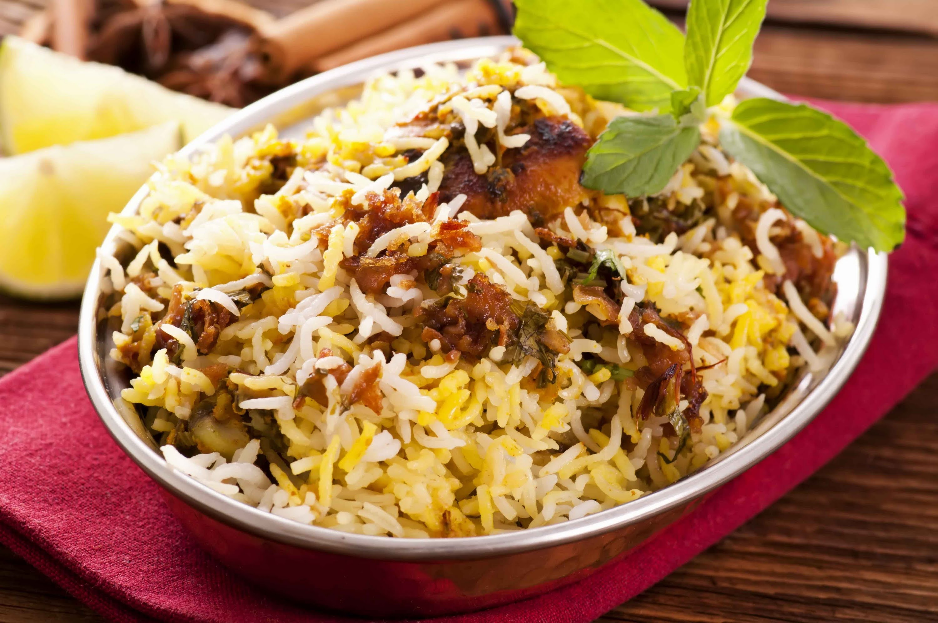 Asli Hyderabadi Chicken Dum Biryani